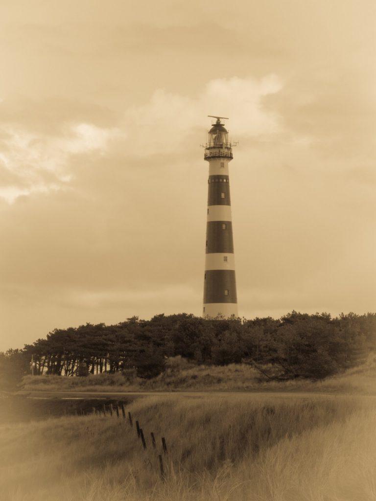 Leuchtturm Ameland auf alt getrimmt